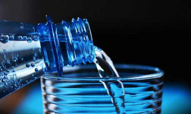 A palackozott víz az évszázad marketingtrükkje?