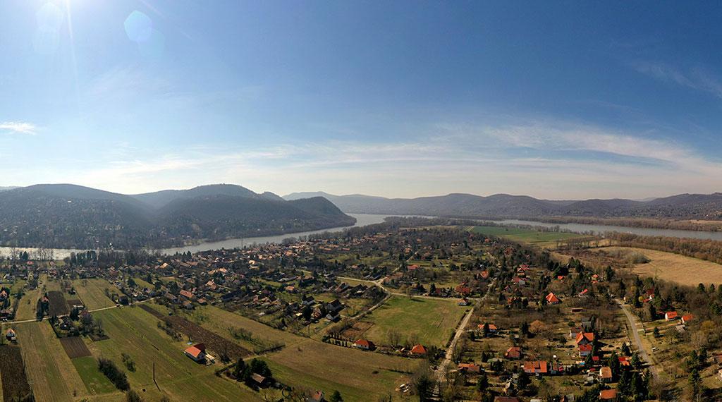 Kisoroszit a Duna fogja közre