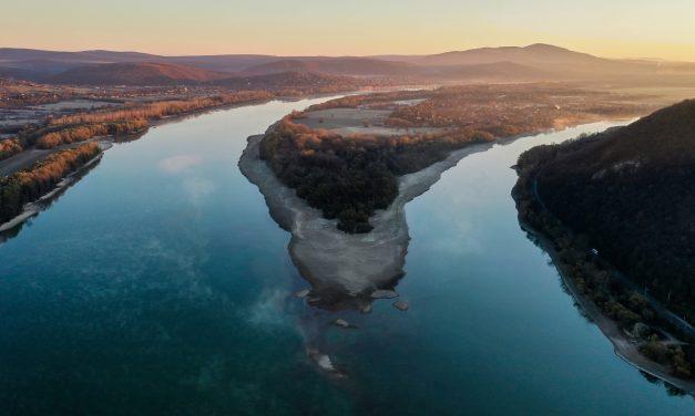 Kisoroszi szigetcsúcs alacsony Duna vízállásnál